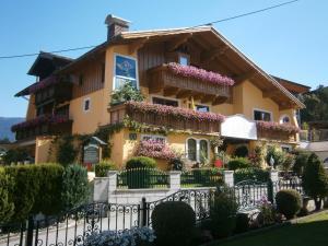 Haus Alpenglühn - Apartment - Abtenau