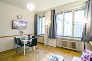 Apartment Moldau by RENTeGO, Appartamenti  Praga - big - 22