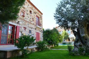 Alacati Zeytin Konak Hotel