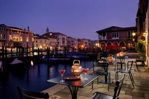 Hotel L'Orologio Venice (2 of 61)