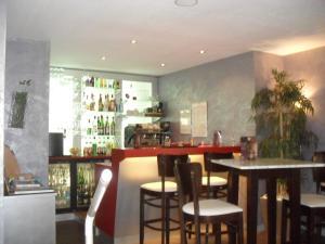 Hôtel Evan, Hotely  Lempdes sur Allagnon - big - 29