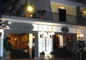 Hotel Ristorante Donato, Hotel  Calvizzano - big - 84