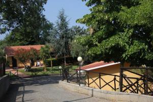 Borgo San Cosmo Tropea, Bed & Breakfasts  Brattirò - big - 131