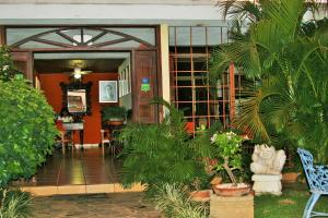 La Posada del Arcangel, Bed & Breakfasts  Managua - big - 69