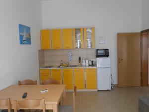 Apartments Jasmina, Apartmány  Novalja - big - 14