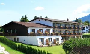 Hotel Alpenblick Berghof - Halblech