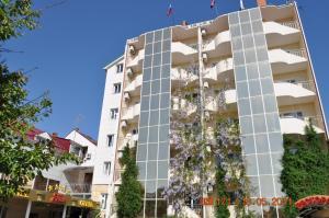 Grand Hotel Uyut, Hotel  Krasnodar - big - 61