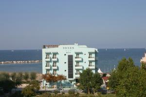 Hotel Iones - AbcAlberghi.com
