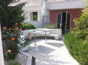 Hotel Bavaria - First Library Hotel, Hotely  Trogir - big - 58