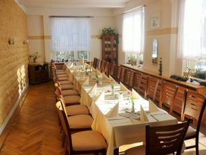 Hotel Waldhaus-Hutzelhöh, Penzióny  Ruhla - big - 2