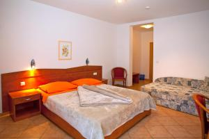 Guesthouse Villa Adria, Affittacamere  Malinska - big - 12