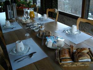 B&B Las Trinquades, Bed and breakfasts  Boussenac - big - 4