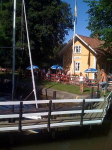 Ostelli e Alberghi - Hajstorp Slusscafé & Vandrarhem