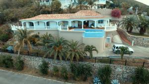 Your Paradise Villa, Nyaralók  Orient Bay - big - 15