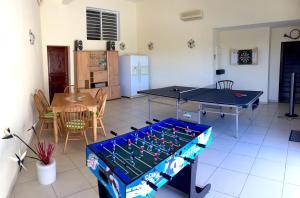Your Paradise Villa, Holiday homes  Orient Bay - big - 15