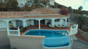 Your Paradise Villa, Nyaralók  Orient Bay - big - 16