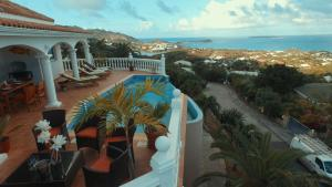 Your Paradise Villa, Holiday homes  Orient Bay - big - 11