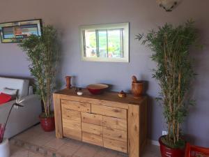 Your Paradise Villa, Holiday homes  Orient Bay - big - 12