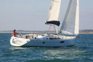Madyson Sailing - AbcAlberghi.com