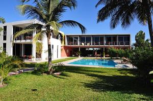 Leo's Beach Hotel - Adults Only