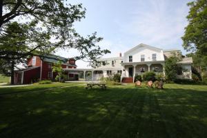 Maple Hill Farm Inn - Accommodation - Augusta