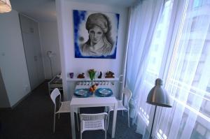 Alex Studio