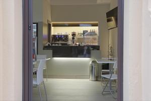 Hotel Agrigento Home, Aparthotels  Agrigent - big - 63