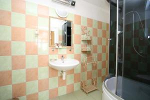 Pension Grant Lux Znojmo, Отели типа «постель и завтрак»  Зноймо - big - 150