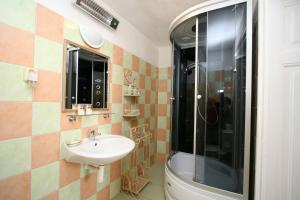Pension Grant Lux Znojmo, Отели типа «постель и завтрак»  Зноймо - big - 151
