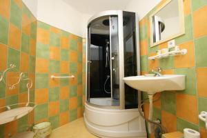 Pension Grant Lux Znojmo, Отели типа «постель и завтрак»  Зноймо - big - 102
