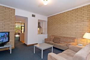 Comfort Inn & Suites Sombrero, Motel  Adelaide - big - 18
