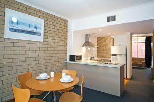 Comfort Inn & Suites Sombrero, Motel  Adelaide - big - 17