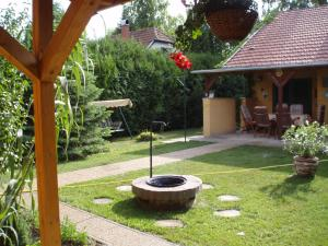 Oázis Vendégház, Holiday homes  Gyula - big - 7