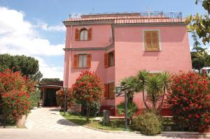 Hotel Arco Di Travertino - AbcAlberghi.com