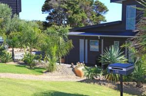 Wild Thyme, Guest houses  Oneroa - big - 76