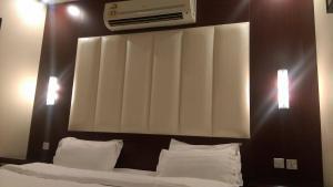 Janatna Furnished Apartments, Aparthotely  Rijád - big - 53