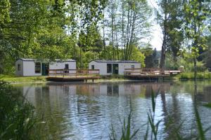 Location gîte, chambres d'hotes Le Paradou Camping & Gites dans le département Loire 42