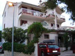 Apartments Varnica 1243 - Grebaštica