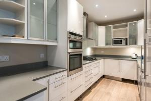 onefinestay - South Kensington private homes III, Апартаменты  Лондон - big - 38