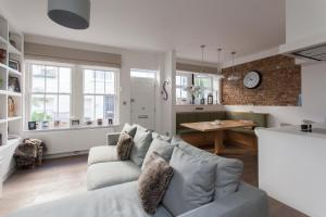 onefinestay - South Kensington private homes III, Апартаменты  Лондон - big - 24