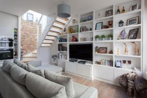 onefinestay - South Kensington private homes III, Апартаменты  Лондон - big - 22