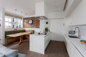 onefinestay - South Kensington private homes III, Апартаменты  Лондон - big - 23