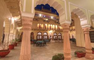 Alsisar Mahal- Heritage Hotel, Отели  Alsīsar - big - 32