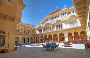 Alsisar Mahal- Heritage Hotel, Отели  Alsīsar - big - 84