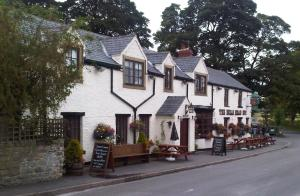 The Bulls Head Inn - Hathersage