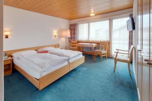 Hotel Parnass, Отели  Церматт - big - 83