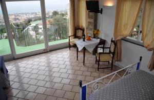 Casa Mazzola, Bed and breakfasts  Sant'Agnello - big - 30