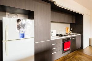 Talia - Beyond a Room Private Apartments, Apartmanok  Melbourne - big - 5