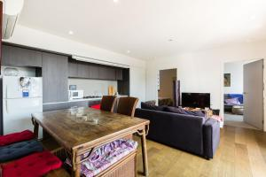 Talia - Beyond a Room Private Apartments, Apartments  Melbourne - big - 4