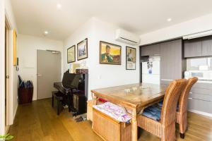 Talia - Beyond a Room Private Apartments, Apartmanok  Melbourne - big - 9